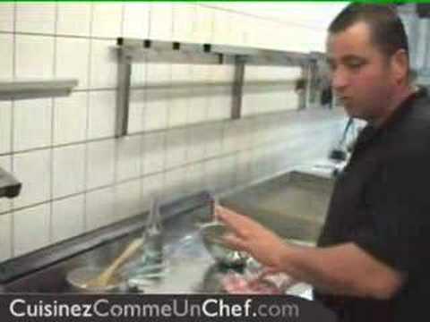 Recette Vidéo : pannacotta au basilic et caramel